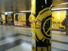 Metal-Gear-Solid-Peace-Walker-une-campagne-publicitaire-stupéfiante004