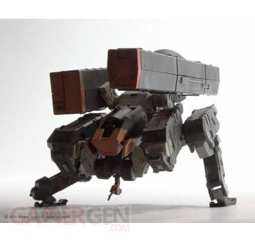 figurine-metal-gear-solid-peace-walker-square-enix-1