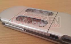 psp-3000-mystic-silver (9)