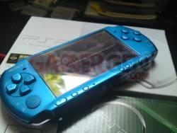 psp vibrant blue flasheur dsc00044z