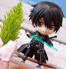 sword art online kirito nendoroid figurine - 3